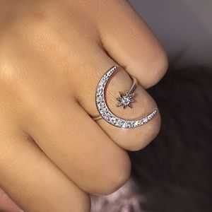 New Lovely 925 Sterling Silver Crescent Moon